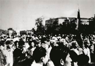 憲改篇/李登輝結合野百合推動台灣民主化 讓「萬年國會」走入歷史