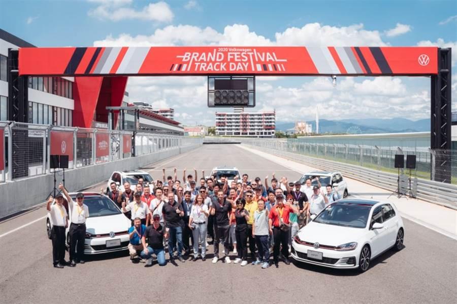企業用車最佳夥伴 台灣福斯汽車提供完善的最新服務 企業客戶品牌日發表專屬優惠