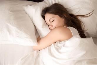 周末小測驗》睡姿完全藏不住 4類型看出你的深層心理