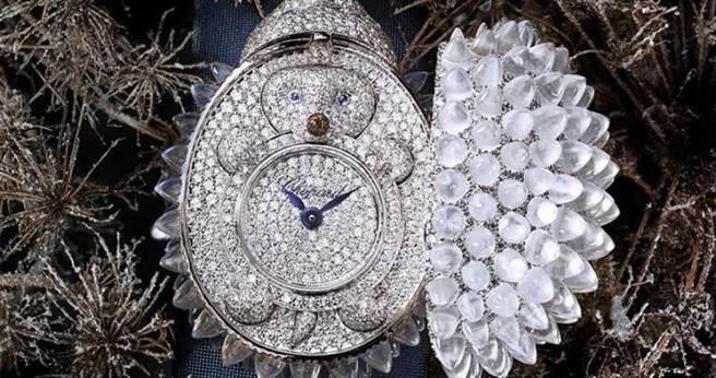 Chopard「Animal World動物世界系列」刺蝟神秘腕錶╱11,940,000元。(圖╱Chopard提供)