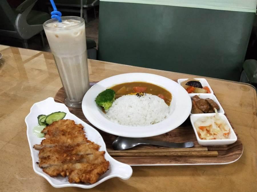 新幹線餐廳的菜色多元,更符合現代人的選擇。(陳淑娥攝)