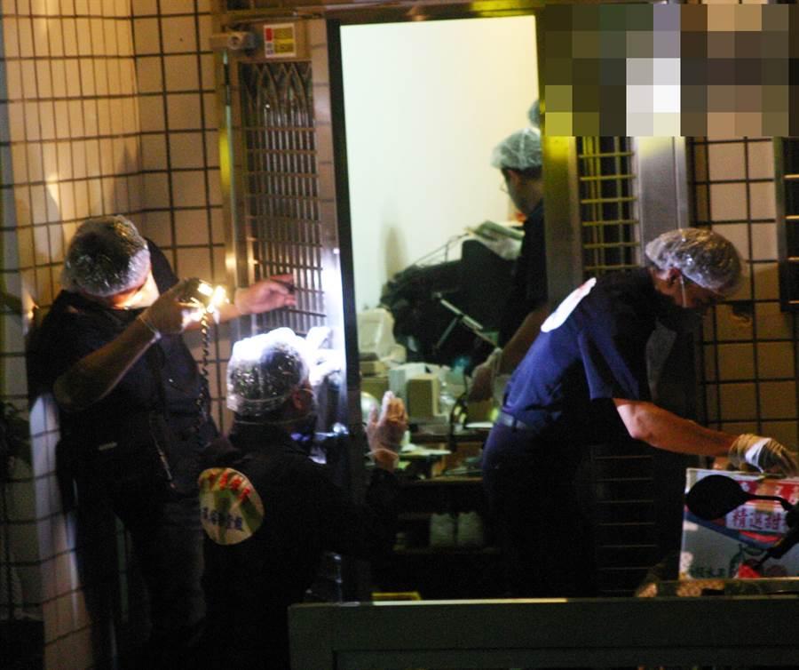 檢方從捆綁5子的鐵絲和膠帶及照片研判劉志勤夫妻涉案。(中時資料庫)