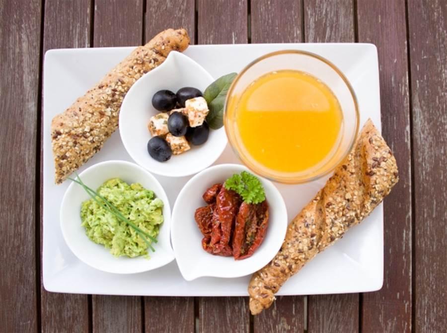 糖尿病患者易疲勞、怎麼睡都睡不飽 醫揭原因:早餐吃錯了 (圖/pixabay)