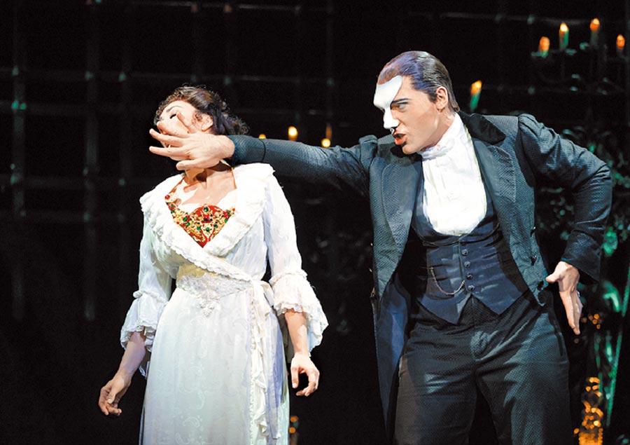 風靡全球的音樂劇《歌劇魅影》,年底將來台演出。(寬宏藝術提供)