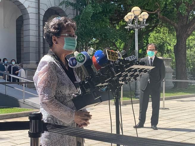 前副總統呂秀蓮今下午現身台北賓館追思前總統李登輝。(林縉明攝)