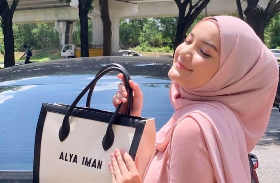 大马新生代女星Alya Iman被控是小三。(取自Alya Iman IG)