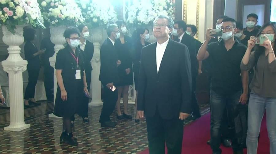 杨烈1日前往台北宾馆悼念前总统李登辉。(主办单位提供)