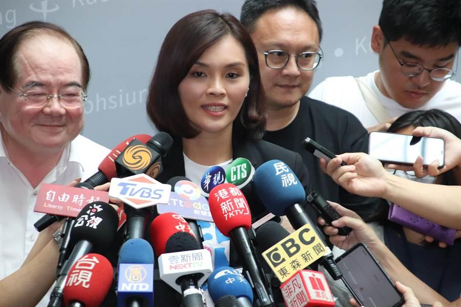 國民黨候選人李眉蓁會後受訪時提到,這是第一次參與,準備時間較短,會在進步中求成長。(洪浩軒攝)