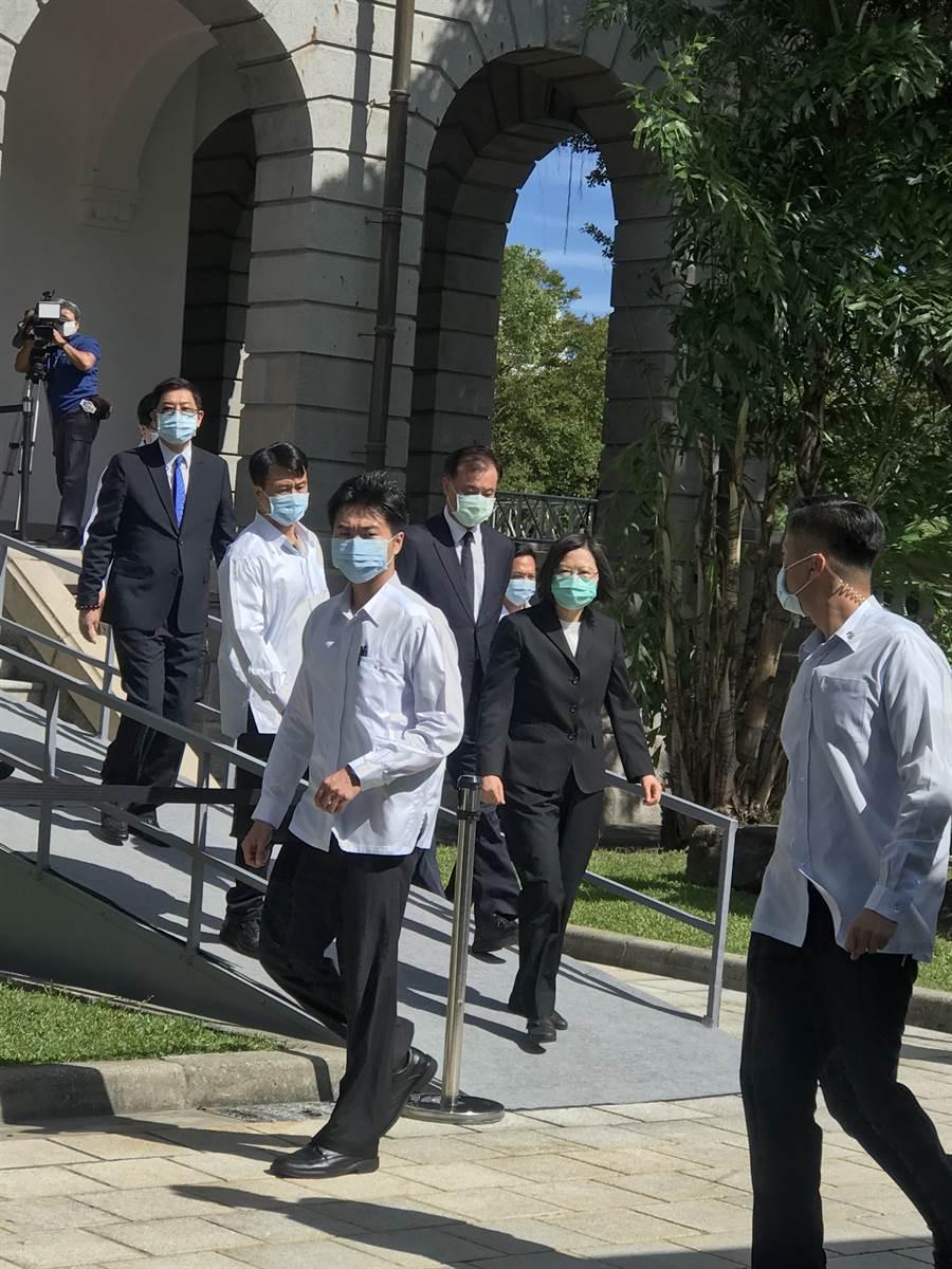 蘇震清等綠委疑涉SOGO案  民進黨廉政會:最重停權。曾薏蘋攝