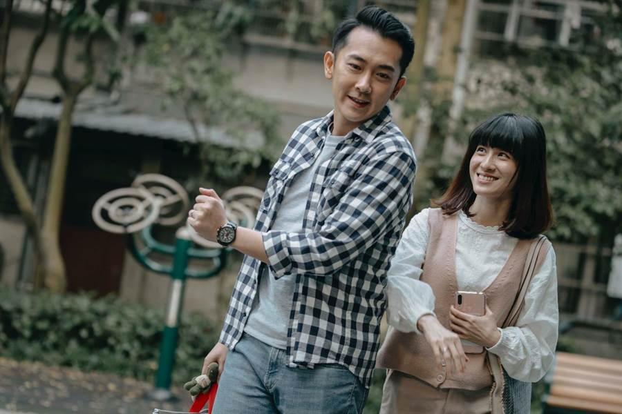 施名帅、连俞涵饰演夫妻。(LINE TV提供)