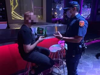 中市警強力臨檢夜店 外國客:台灣防疫完善 很放心