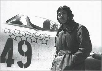 韓戰重創9架敵機 解放軍空軍英雄王海逝世