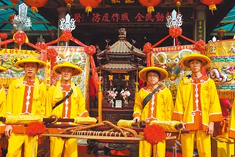 木博館與神同巡 為關公慶生暖場
