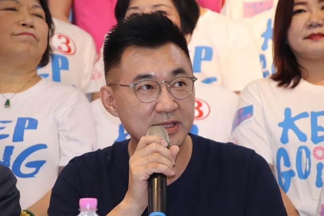 江啟臣參加「立委相挺,真愛高雄」活動,為高雄市長選戰全力衝刺。(洪浩軒攝)