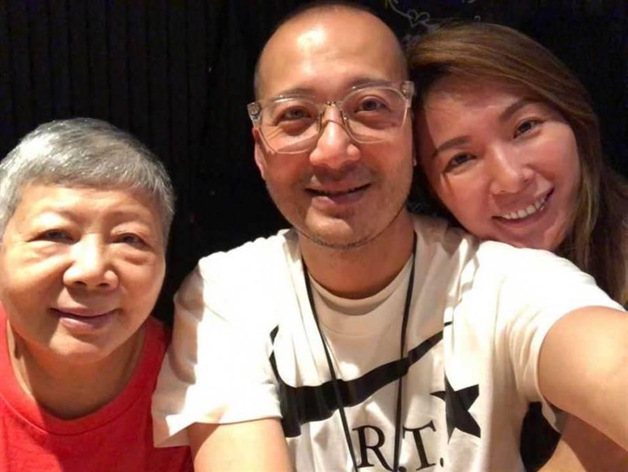 張珈瑜和Ivan的媽媽相處得相當融洽。(圖/Ivan臉書)