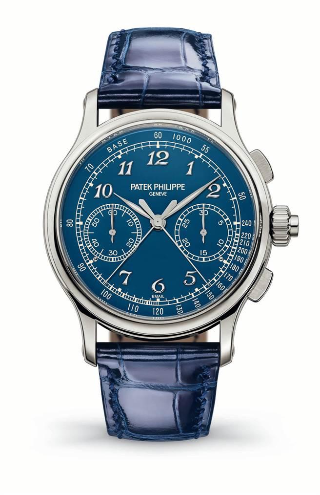 百達翡麗Ref.5370P-011雙追針計時碼表,換上藍色大明火琺瑯新面盤,更加時尚,800萬4000元。(Patek Philippe提供)