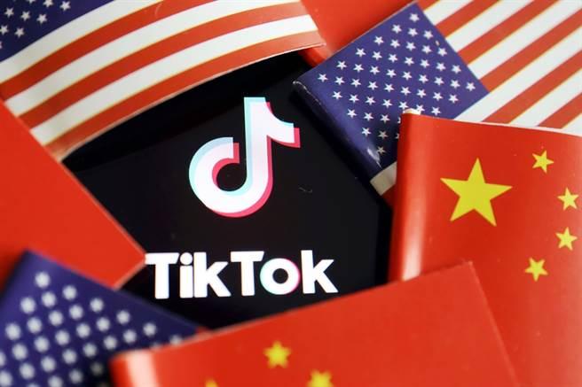路透社引述消息人士指出,美國總統川普2日已經同意放行,讓大陸短影音分享平台「TikTok」母公司字節跳動45天內和微軟達成出售協議。(資料照/路透社)