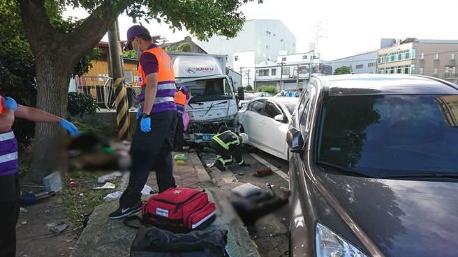 物流司機無照酒駕害3命,又讓小女友當未婚媽媽被訴。(翻攝照片/蔡依珍桃園傳真)