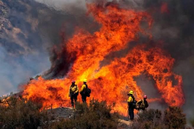 近幾年,幾乎每到夏天加州都會有嚴重山火。(圖/達志/美聯社)
