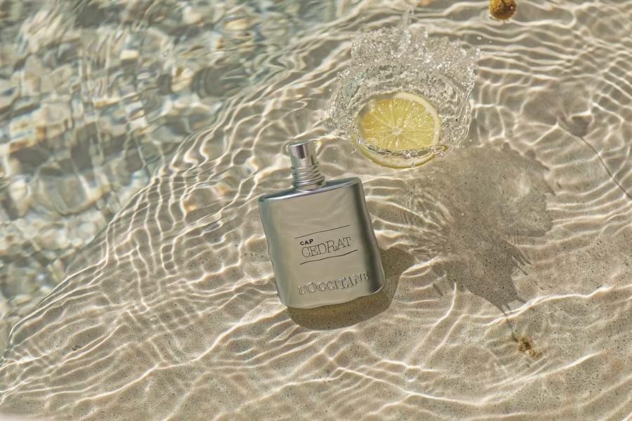 冒险男士系列包装以海洋蓝色为设计,绽放令人难以抗拒的阳刚魅力。(图/品牌提供)