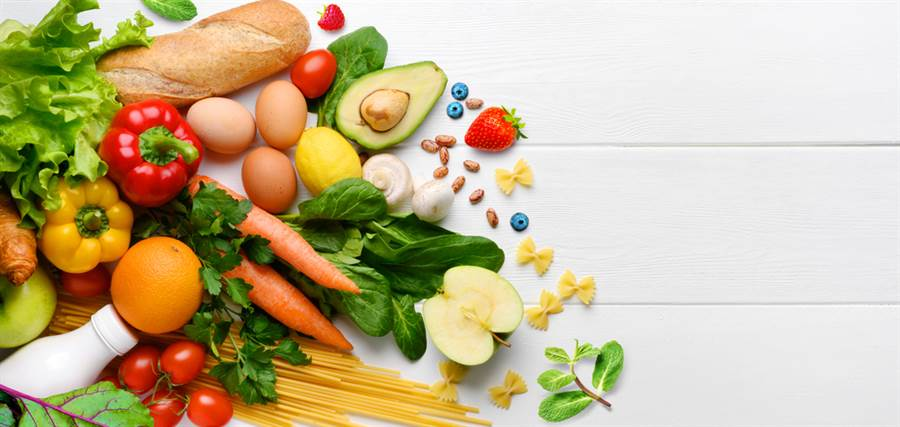 毒理學博士招名威在臉書表示,要避免鉛中毒,要多注意日常生活中的飲食,可多攝取富含蛋白質、維生素C及鈣、鐵、鋅的蔬果肉類。(圖取自達志影像)
