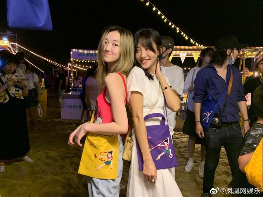 部分網友覺得李嫣打扮超齡。(圖/翻攝自微博)