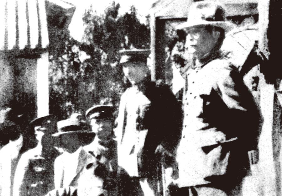 1924年9月,孫中山在廣東韶關北伐誓師時留影。(新華社資料照片)