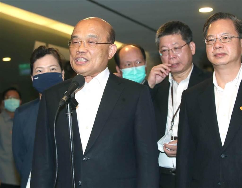 行政院長蘇貞昌(左二)。(本報資料照)