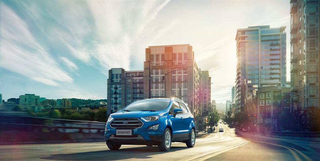 Ford EcoSport升級搭載BLIS視覺盲點偵測系統,八月入主再享首年低月付。