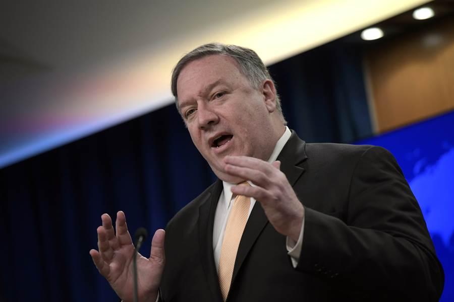 美國國務卿蓬佩奧2日表示,未來數日還會對美國國家安全造成威脅的大陸軟體公司採取更多行動。(美聯社)