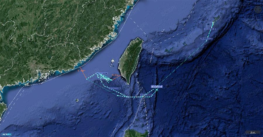 大陆智库南海战略态势感知平台计划发现,美军7月在南海的军机侦察行动几乎较5月成长一倍。美中两军机舰在南海每天相遇数次,一年可高达千次。图为该智库发布的美军机南海活动路径图。(图/SCS Probing Initiative)