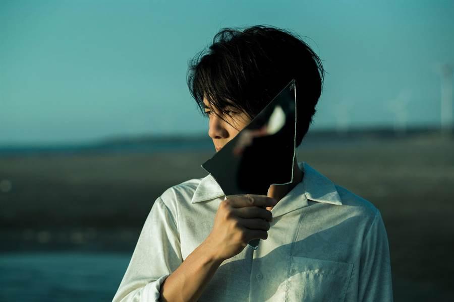 吴克群花1年用心筹备新专辑《你说 我听着呢》。(何乐音乐提供)