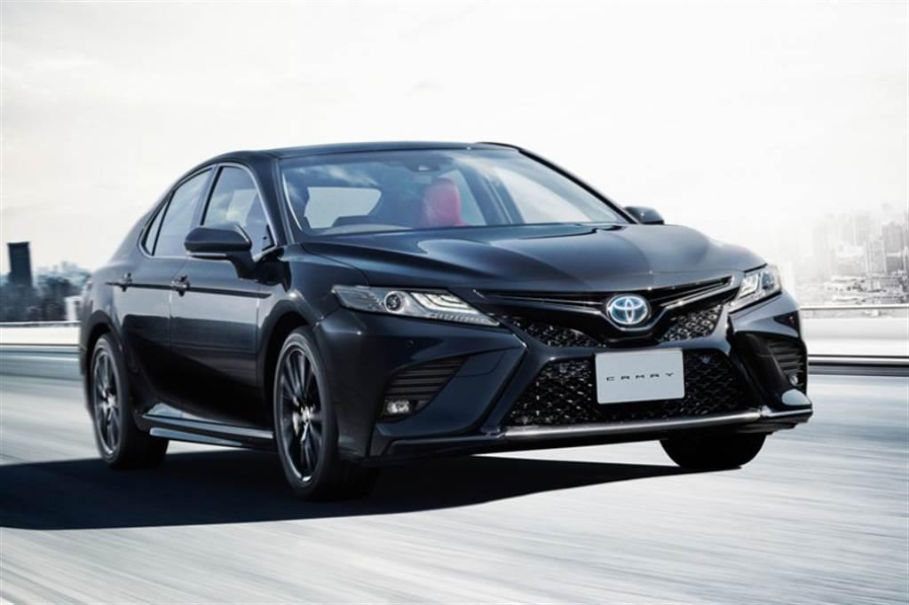 """慶祝誕生 40 週年,Toyota Camry 日規推出特別仕様車「WS""""Black Edition""""」、安全配備同步強化"""