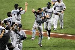 MLB》吉特開心了!擺脫疫情 馬林魚完封金鶯