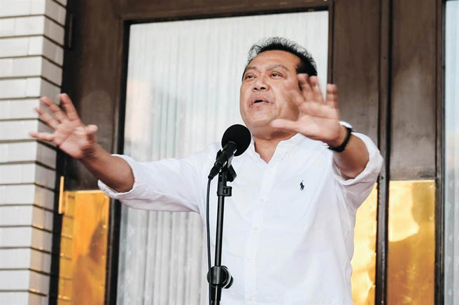 蘇震清因傳出收賄金額最高,加上其叔叔總統府祕書長蘇嘉全8月2日請辭獲准,使其當日網路聲量暴增。(郭吉銓攝)