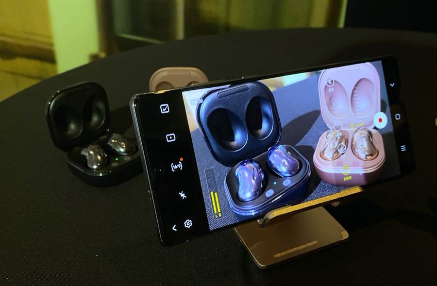 三星Galaxy Note20系列專業錄影模式可指定收音方向。(黃慧雯攝)