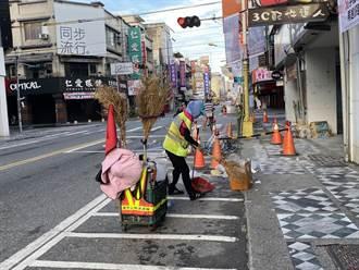 遊客壓境垃圾亂丟 花蓮市清潔隊疲於奔命