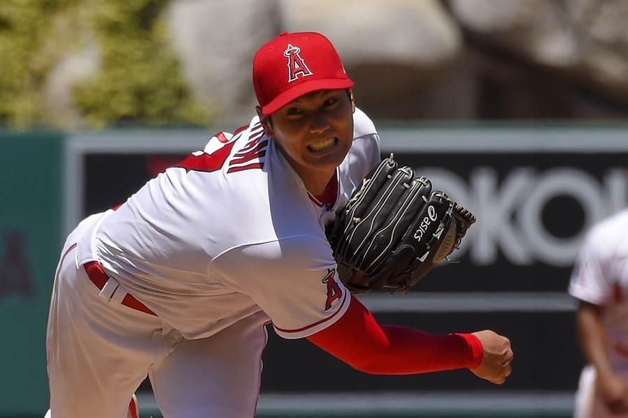 天使隊大谷翔平上次先發導致手肘有傷勢,球團決定今年不讓他再投球。(美聯社資料照)