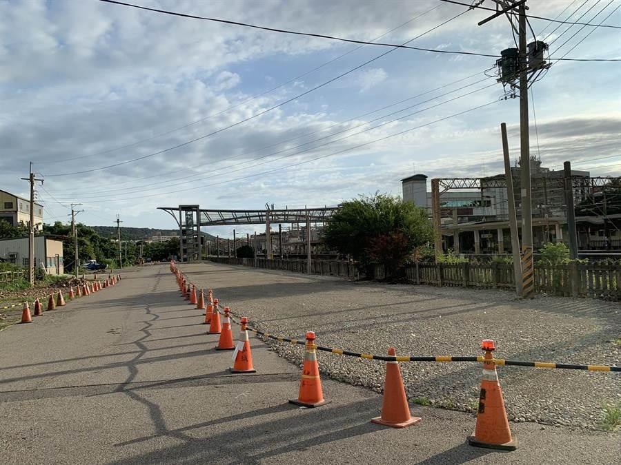 市議員李榮鴻議員爭取280萬元,興建大甲火車站後站停車場即將完工,屆時歡迎大家多加利用。(市議員李榮鴻服務處提供/陳世宗台中傳真)