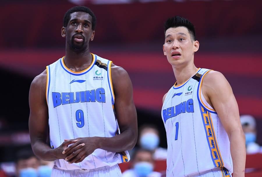 林書豪談中國球員不足之處,主持人連連點頭,球迷:真的說到點上了!-黑特籃球-NBA新聞影音圖片分享社區