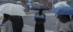 休假前雷雨胞轟炸 9縣市發大雨特報