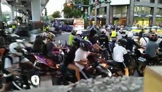 取消機車左轉爆「待轉大富翁」 北市府:試辦3個月 期間罰單撤銷