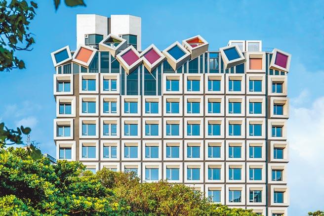 「全球卓越建設獎」,2020年度得獎名單揭曉,「台中大毅老爺行旅」獲得旅館建築類首獎。(圖/黃繡鳳)