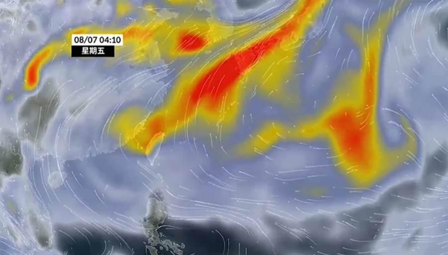 火山灰順風南下,移入台灣,導致空氣品質不佳。(翻攝天氣風險臉書)