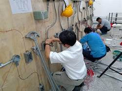 中市勞工大學開課  網紅行銷、機器人程式設計課程正夯
