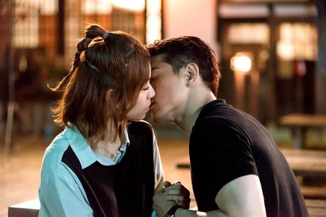 張立昂、宋芸樺浪漫接吻預告一出粉絲High翻。(三立提供)
