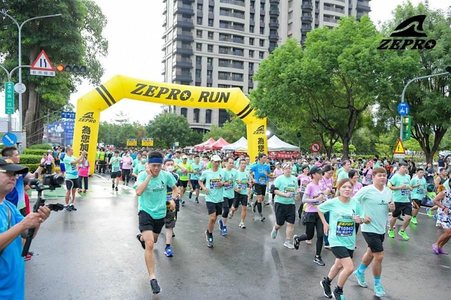台中城市公益路跑 5000人熱情開跑