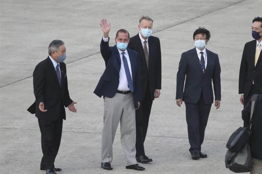 美國衛生部長阿札爾(Alex Azar)抵台訪問。(圖/美聯社)