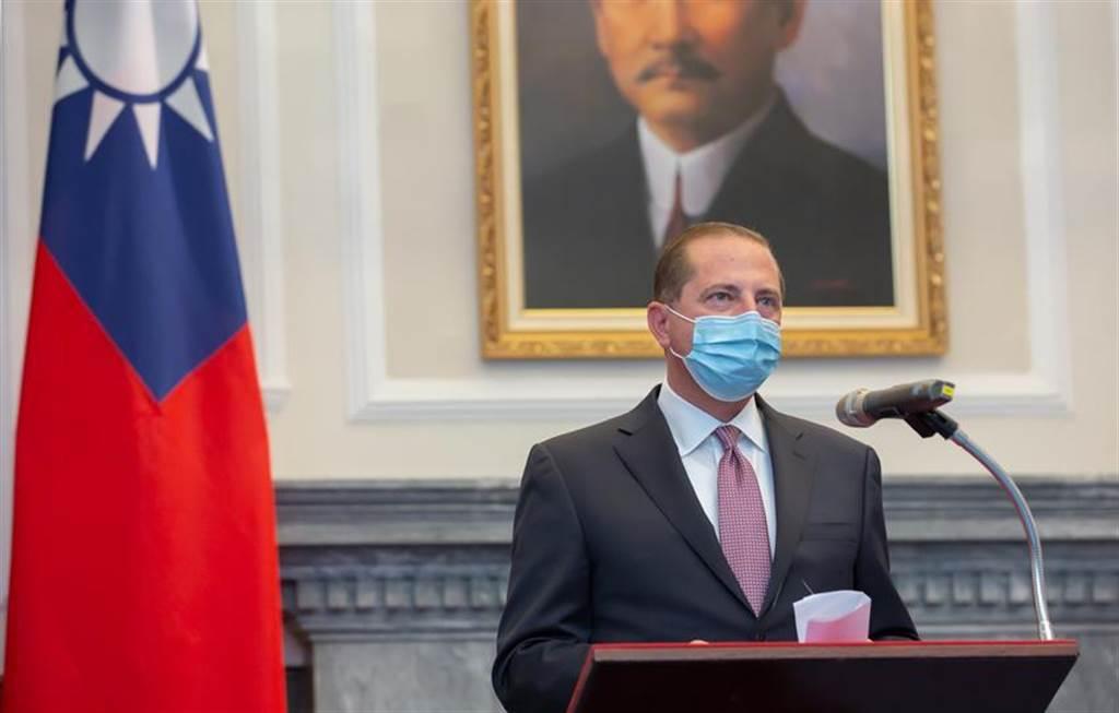 總統蔡英文今日接見美國衛生部長阿薩爾。(圖/總統府提供)