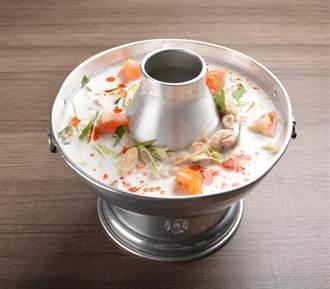 吃鍋就是要喝爆這款湯底!十大必吃濃醇香「牛奶鍋」店家
